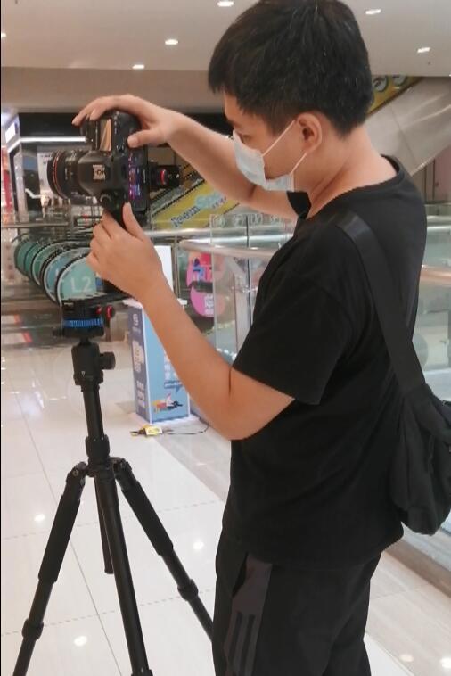 VR全景摄影师调试设备